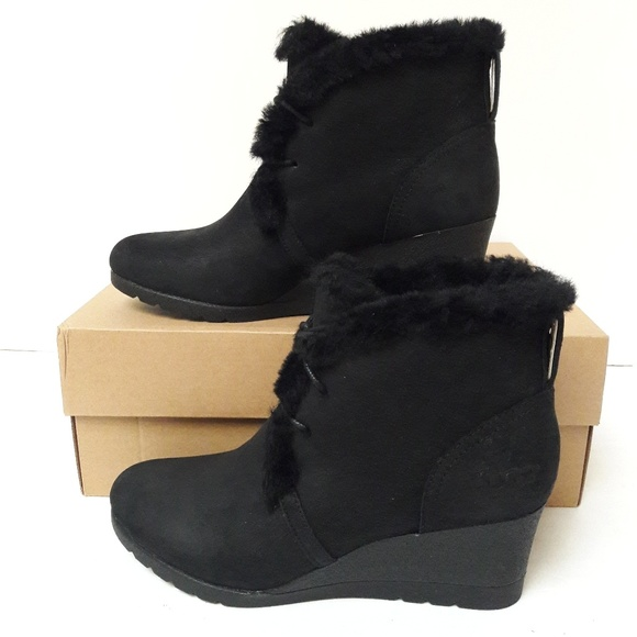 04f1b46a127 New UGG Jeovana Boots Size 7.5 NWT